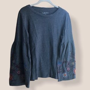 LOFT gray bell sleeve embroidered top size Medium